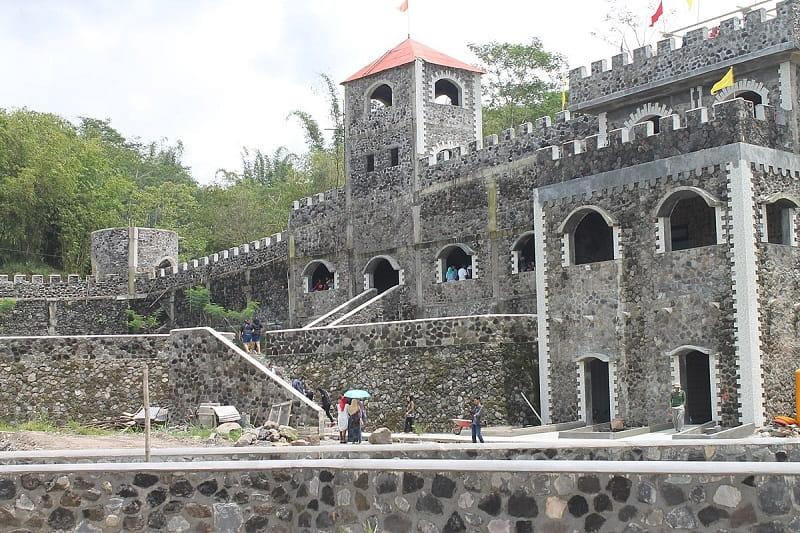 Lost World Castle