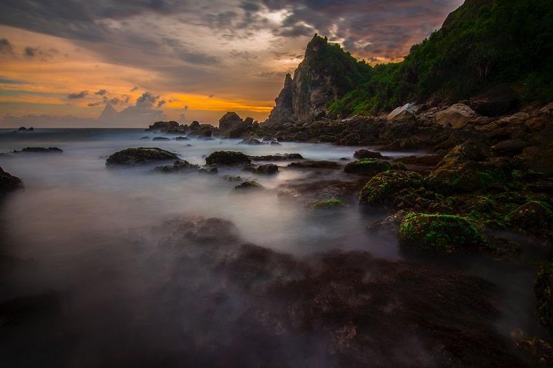 Watu Lumbung Beach
